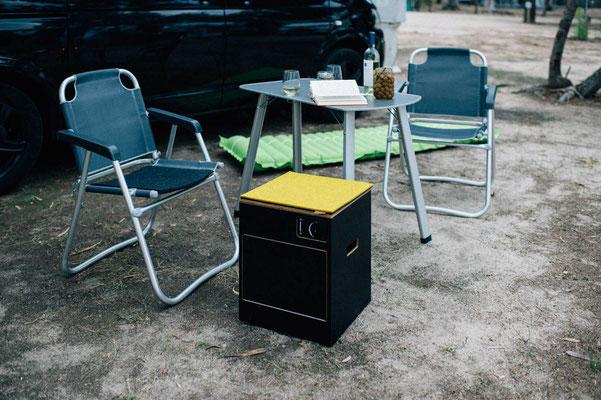 Die Filzkissen eigenen sich auch für die VW-Stühle wenn es kalt wird und das Modul wird zum Hocker