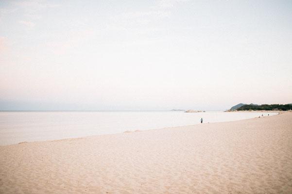 """Langer Sandstrand direkt am wunderschönen Campingplatz """"Capo Ferrato"""" an der Costa Rei, Sardinien"""