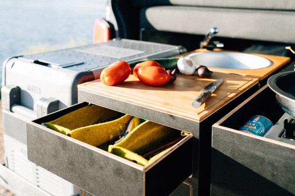 Schublade für Besteck- und Kleinaufbewahrung