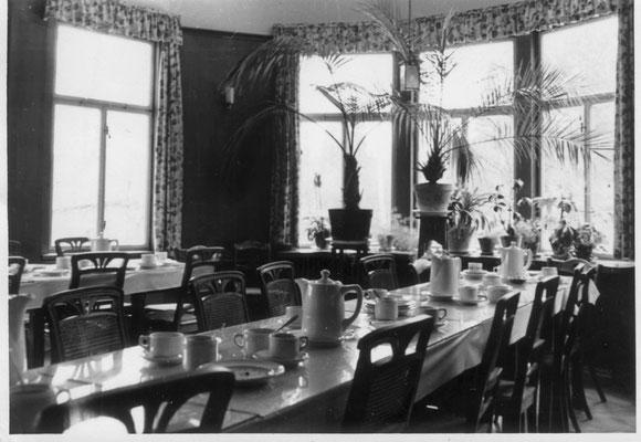 1957 Essenraum für Patienten
