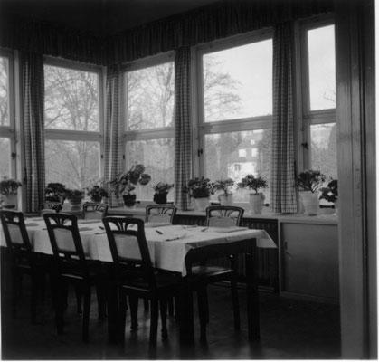 Holsatia um 1957 Wintergarten - Essenraum