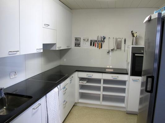 Küche Kurs- und Chemineeraum