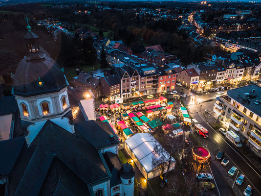 Weihnachtsmarkt 12 - von oben
