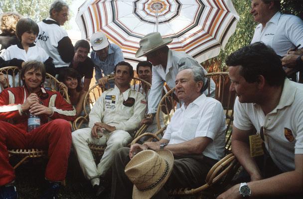 Le Mans 1981 (v.l.): Derek Bell, Jacky Ickx, Ferry Porsche und Wolfgang Porsche