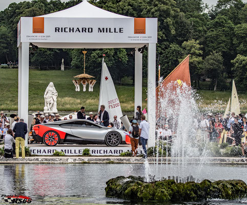 BMW Vision M Next - Chantilly Arts & Elegance Richard Mille 2019