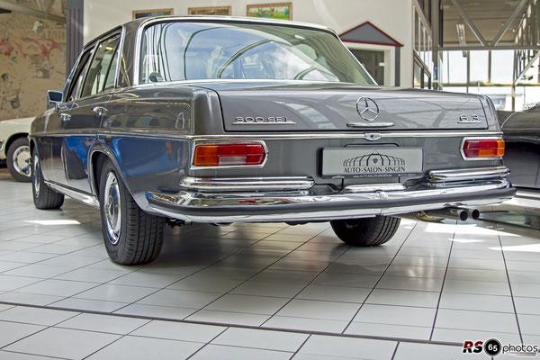 Mercedes-Benz 300 SEL 6.3 / Auto-Salon-Singen