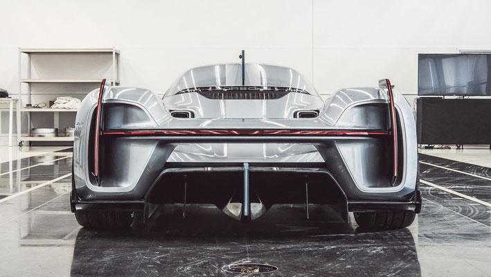 Porsche 919 Street (2017; Tonmodell im Maßstab 1:1), 2020, Porsche AG