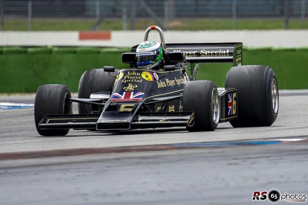 Lotus 77 - Black&Gold Collection - ChromeCars
