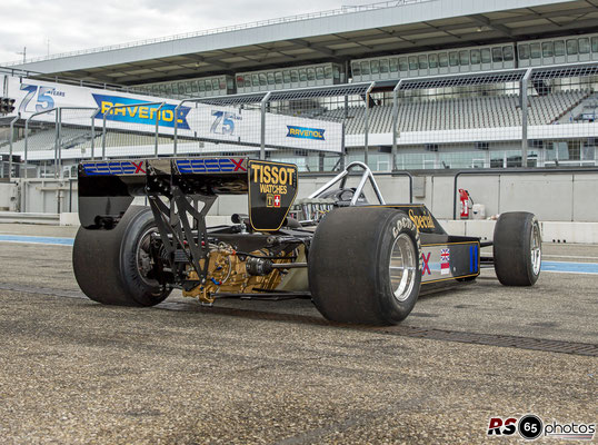 Lotus 81 - Black&Gold Collection - ChromeCars