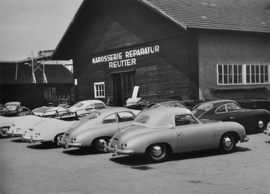 Teil der Firma Reutter auf dem heutigen Porsche Gelände des Werk 2, vorne: 356 Cabriolet, dahinter 356 Coupé, dahinter 356 Speedster (alle Mj. 1955).