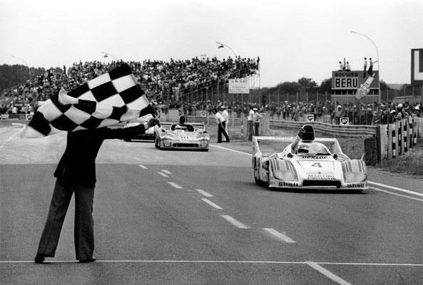 1977: Le Mans Gesamtsieger: Porsche 936 Spyder mit Jürgen Barth, Hurley Haywood und Jacky Ickx (Nr. 4)