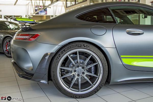 Mercedes-Benz AMG GT R Pro / Auto-Salon-Singen