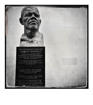 Nelson Mandela statue, London,