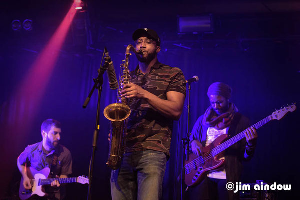 Matt Golding - guitar, Irvin Pierce - sax, Junius Paul on bass