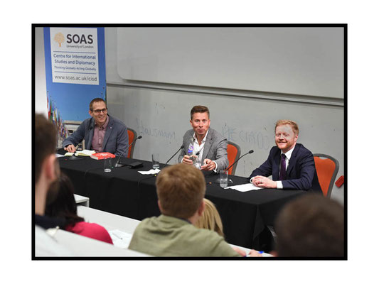 Tom Fletcher with Lord Stewart Wood speaking at 'Surviving the 21st Century: How Can Diplomacy Respond to the Digital Age ? SOAS 22.3.17