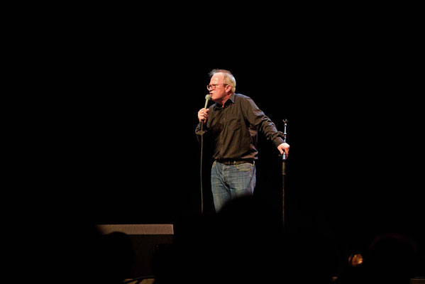 Robin Ince, mc for  'For The Many'  Gig-a celebration of Jeremy Corbyn's campaign