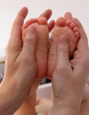 SanftMutig - Babymassage entpannt und beruhigt!