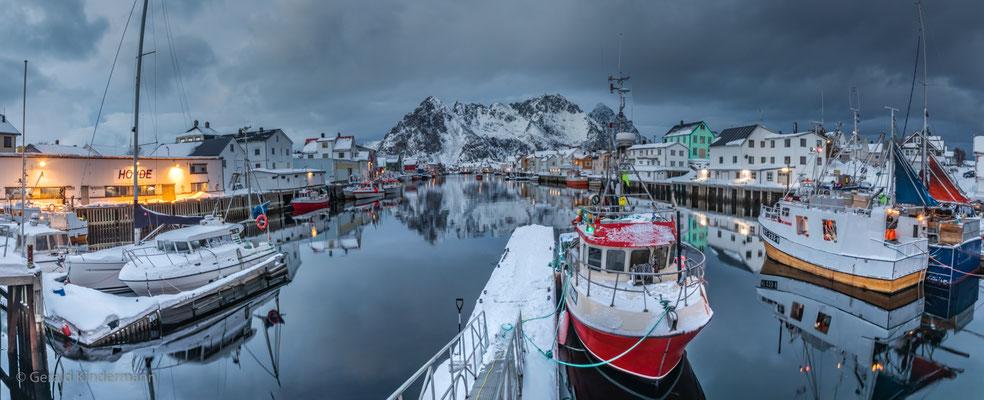 Hafen in Henningsvær