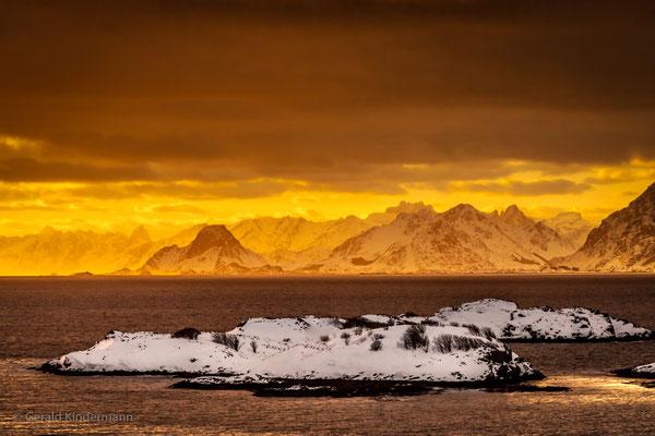 Sonnenuntergang in Henningsvær