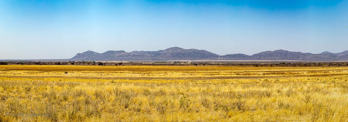 ...die Weite der Landschaft im Norden Namibias