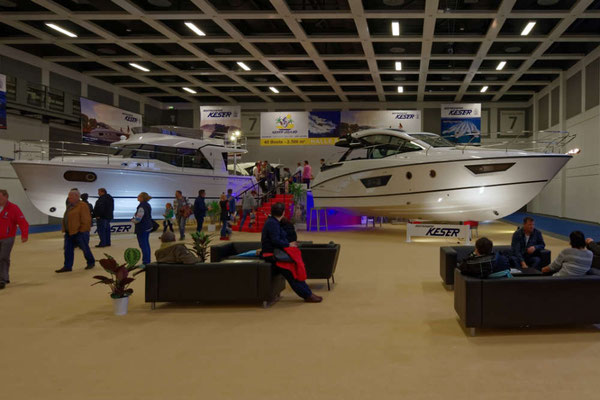 Bootscenter Keser mit sehr repräsentativer Ausstellung