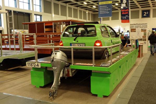 Für den realen Betrieb plant man größere Fahrzeuge: Cabrios, Kombis und Kleinbusse auch für Übernachtungen