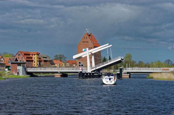 Die Klappbrücke bei Loitz