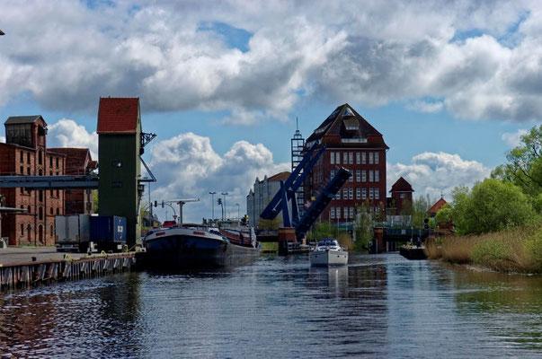 Die Klappbrücke bei Demmin
