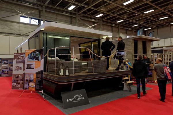 Die Bezeichnungen für die Haus-Boote sind vielfältig: Sealodge, Hafenlodge, Houseboat