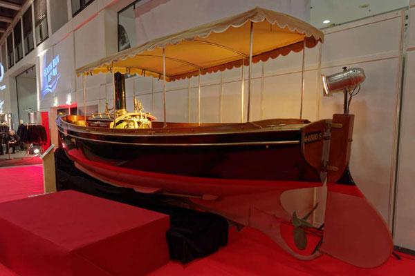 Ein richtiges Dampfboot