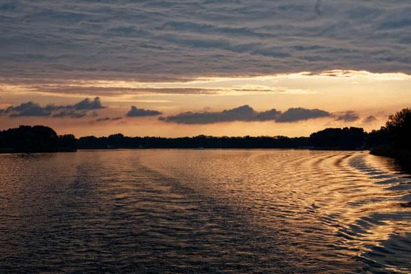 Die Lichtstimmung über den Seen ist immer wieder ein tolles Erlebnis