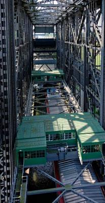 Das Hebewerk galt 40 Jahre lang als das größte Senkrechhebewerk der Welt.