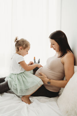 Schwangerschaftfotos Babybauchfotos Voitsberg Babyfotografin Graz Umgebung