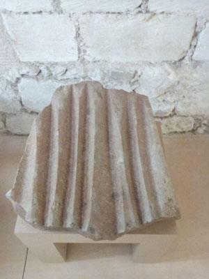 Polissoir de La Borde (trouvé à Neuillé Pont-Pierre) Musée du Grand-Pressigny.