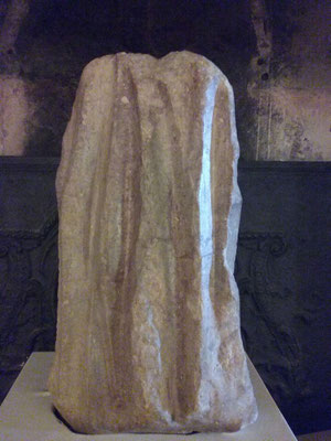 Polissoir de Moizay (musée du Grand Pressigny)