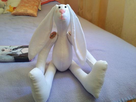 Coniglietta in cotone, braccia e gambe si possono muovere!  *idea e cartamodello dell'utente 'rosarossa' del forum http://artigianalmente.forumattivi.com/* - 35*
