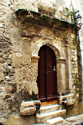 Haustür in Vivier (Frankreich)