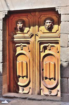 Tür im Kolonialstil (Arequipa / Peru)
