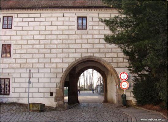 Novohradská brána in Třeboň
