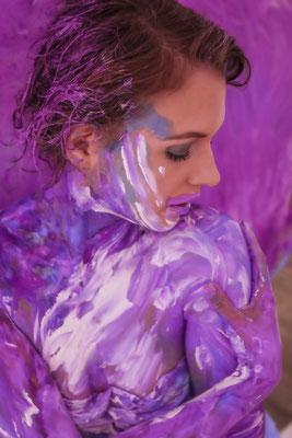 Kunst online kaufen, Onlinegalerie, Bodyart, Wallart, Nude art, Bodypainting, selfpainting Nude female art,  Kunst online kaufen, erotische Kunst, Body p Nackte Selbstdarstellung,  Kunst kaufen, Teil eines Kunstprojektes, be part of art, be nude and free