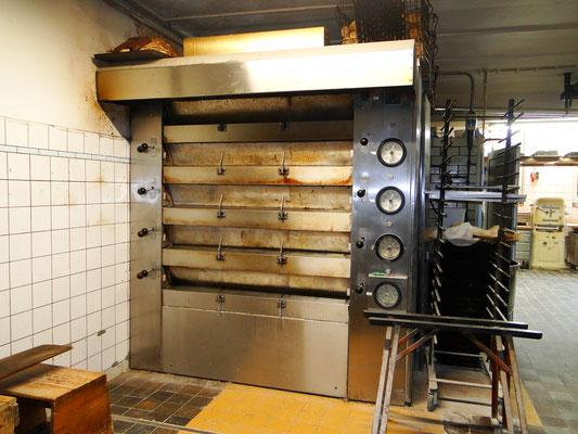 der alte Ofen - nach fast 30 Jahren hat er ausgedient