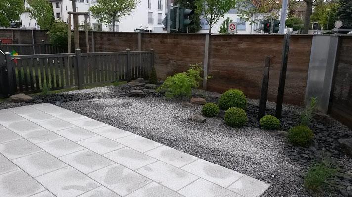 Steingarten gestalten und anlegen in filderstadt gartengestaltung gartenbau gartenpflege - Gartengestaltung app ...