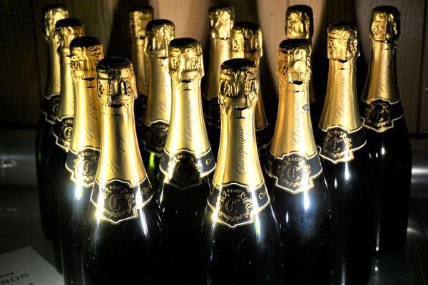 オリシャン オリジナル ボトル シャンパン ワイン 酒 名前 名入れ おしゃれ モエ ドンペリ 写真 ロゴ 安い 東京 スワロフスキー ノベルティ 記念品 プレゼント