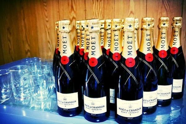 酒 モエ オリジナル ボトル 写真 ロゴ 名前 メッセージ プレゼント シャンパン ワイン お祝い ノベルティ 格安 記念品 スワロ
