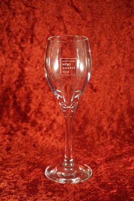 オリジナル グラス 名前 名入れ ロゴ 写真 お祝い プレゼント おしゃれ 記念品 サプライズ 東京 製作 格安 人気