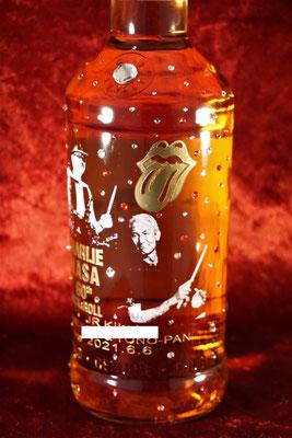 ワイン ウイスキー 酒 ボトル 写真 彫刻 オリジナル ロゴ 名前 名入れ 記念品 安い 東京 業務用 店舗用 ノベルティ