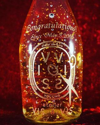 オリジナル ボトル ワイン シャンパン プレゼント ノベルティ お祝い 写真 スワロフスキー 記念品  格安 製作 オシャレ 東京 記念品