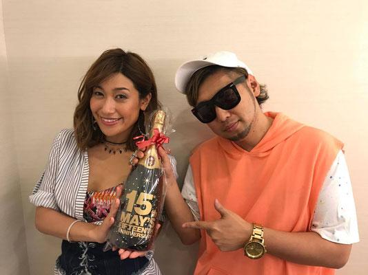 MAY'S ロゴ 名入れ マグナム ワイン シャンパン オリジナル ノベルティ 記念 お祝い 格安 製作 東京 オーダーメイド