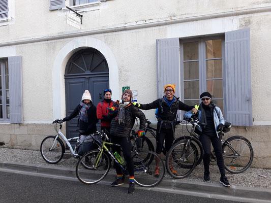 accueil d'un groupe de cyclistes motivés à la Réole