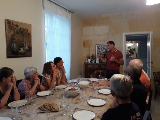 Un Partenariat Avec Des Viticulteurs Passionns Et Prestations Sur Mesure Visites Dgustations Diner Accord Met Vin Immersion Dans La Proprit